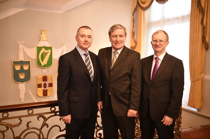 Market Engagement Event, Irish Embassy London, November 2015: L-R Willie Walsh, Chairperson of the National Treasury Management Agency (NTMA), Ireland's Ambassador to Great Britain Daniel Mulhall and ISIF